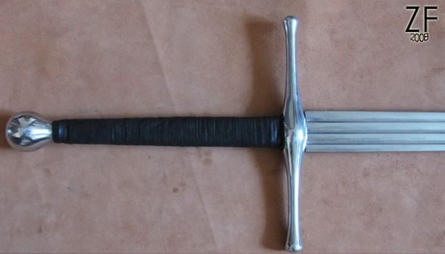 """Рукоять двуручного меча, ХIХ тип по Окшотту от мастерской """"Зброевы фальварак"""""""
