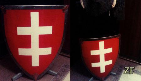 Щит с геральдическим рисунком: литовский крест, крест ягейллонов, геральдика ВКЛ