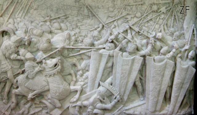 Изображение применения щитов пехотой 1553-1556. Reliefs on the Sarcophagus of Maximilian I. Hofkirche. Innsbruck. Austria.