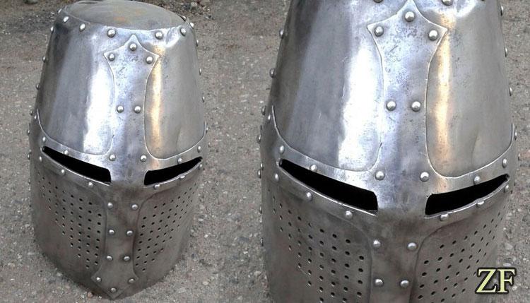 Топхельм (горшковый шлем)